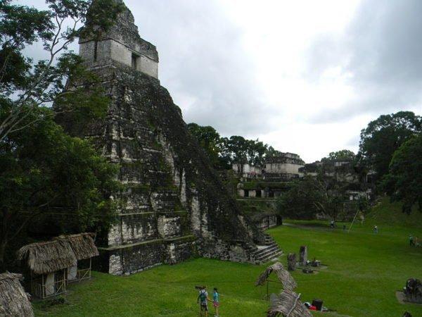 Lugares Turísticos de Tikal