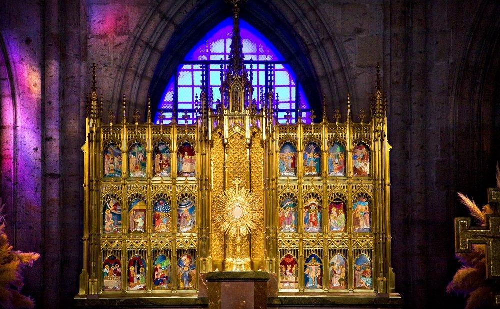 Ver el Templo Expiatorio del Santísimo Sacramento