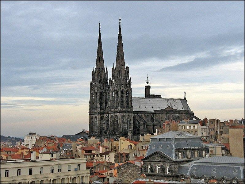 Lugares Turísticos de Clermont-Ferrand