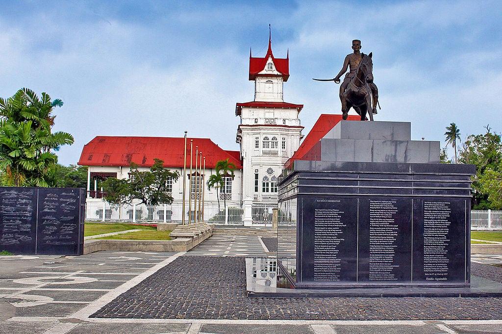 Lugares Turísticos de Cavite