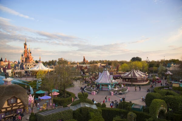 Formas de llegar a Disneyland - California